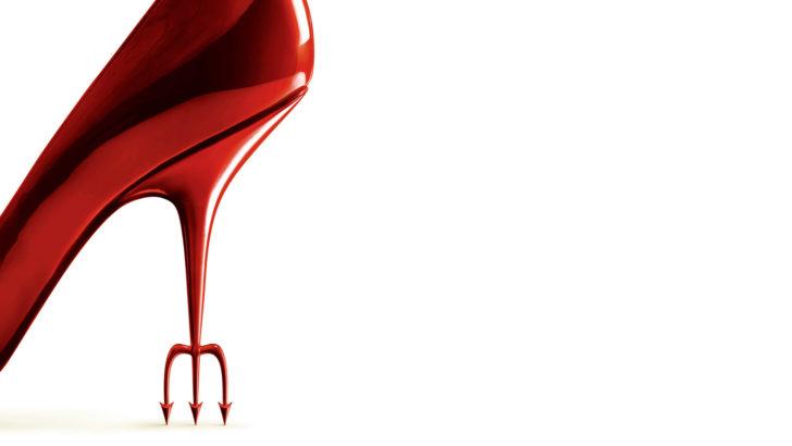 Mujeres extraviadas: el diablo viste a la moda