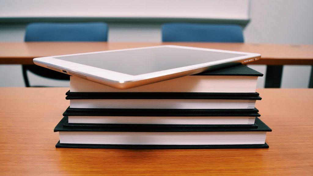 ¿Por qué debatir sobre el rol de las tecnologías digitales en el aula?